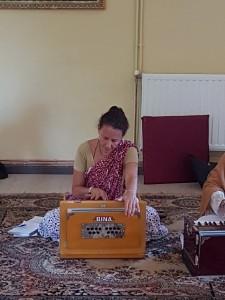 Seminario Rasa Kirtan Vaiyasaki (32)